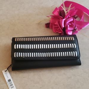 KATE LAUNDRY WEAVED CHECKBOOK WALLET